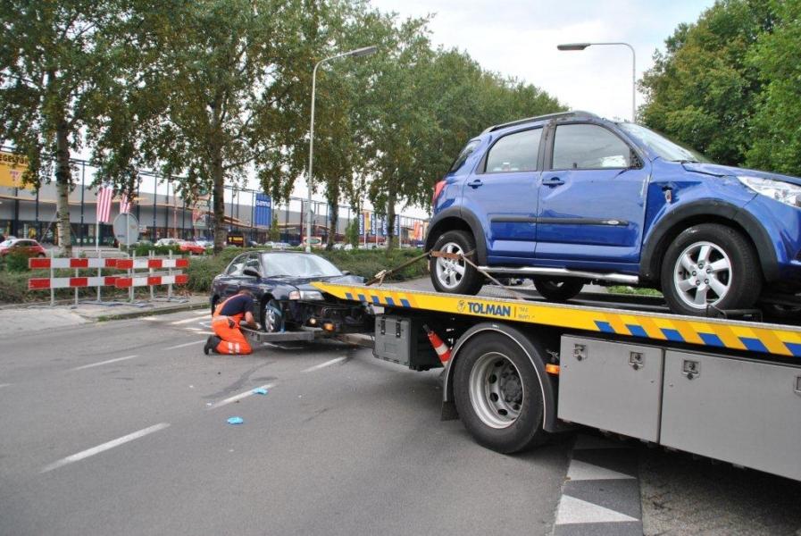 Auto op zijkant bij ongeval