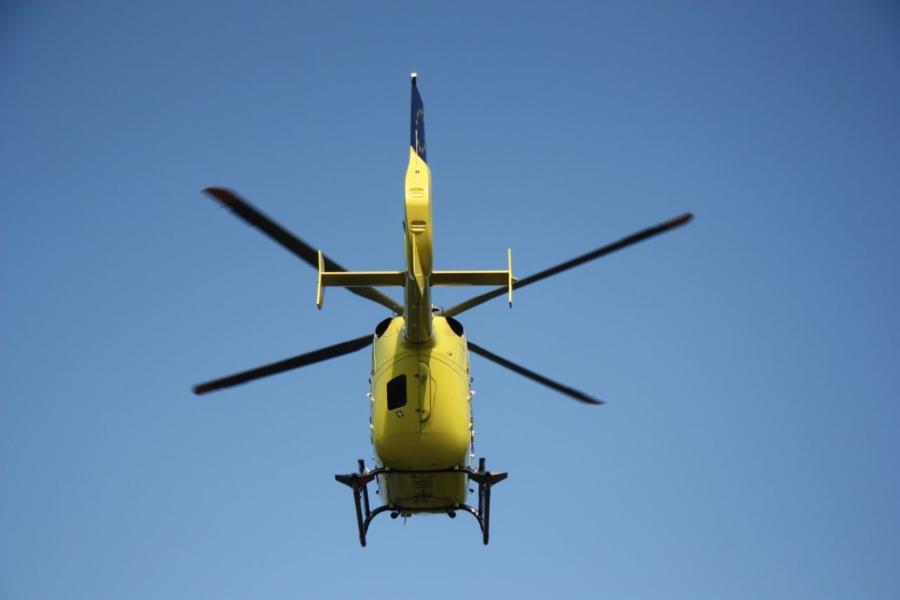 Traumahelikopter ingezet bij boerderij