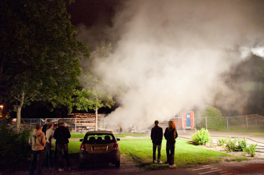 Sloophout in brand