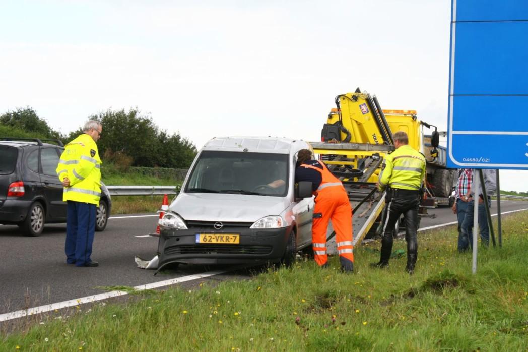 Geen gewonden bij fors ongeval