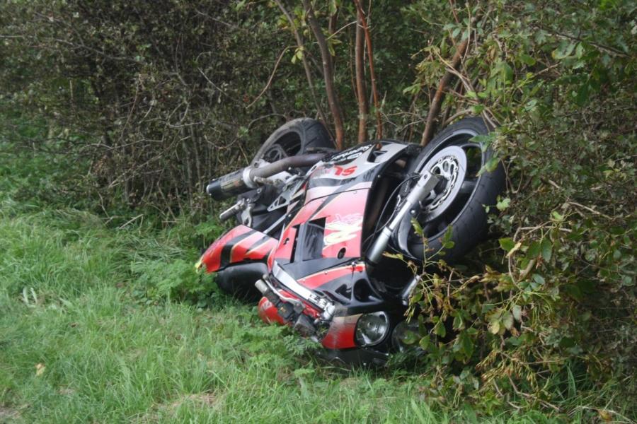 Motorrijder gewond bij eenzijdige aanrijding