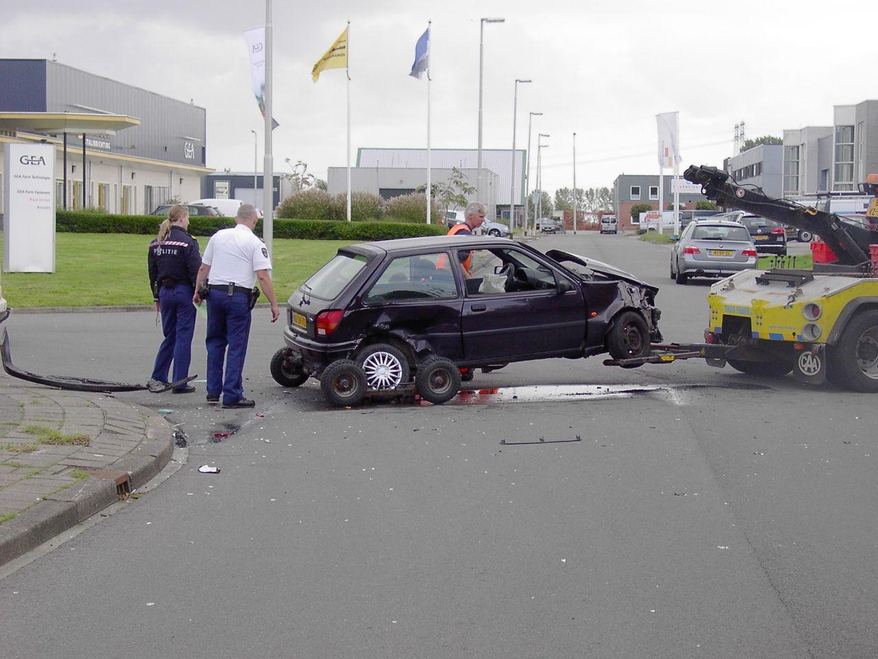 Zware schade na ongeval: geen gewonden