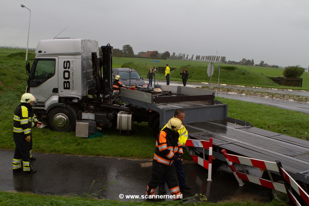 Automobilist overleden na ongeval met vrachtwagen