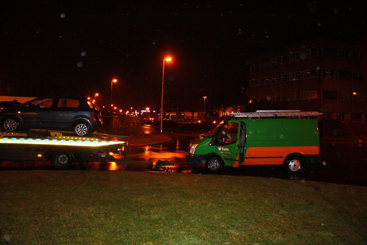 Drie auto's beschadigd na botsing