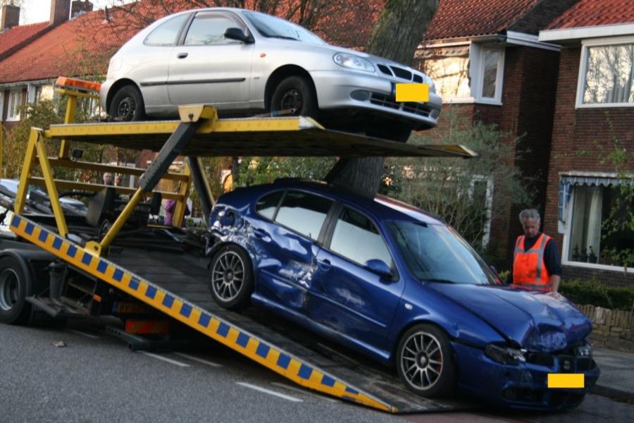 Automobilist veroorzaakt ravage