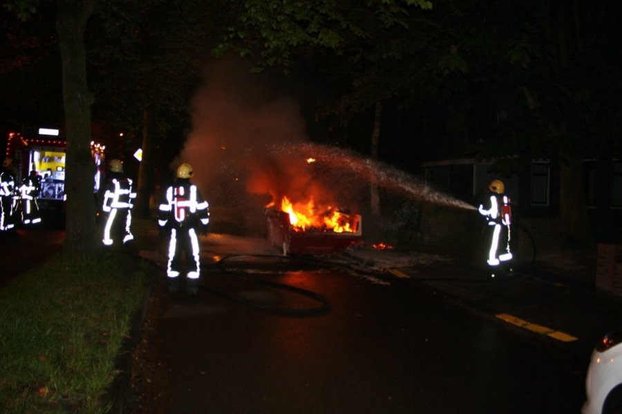 Opnieuw bouwcontainer in brand