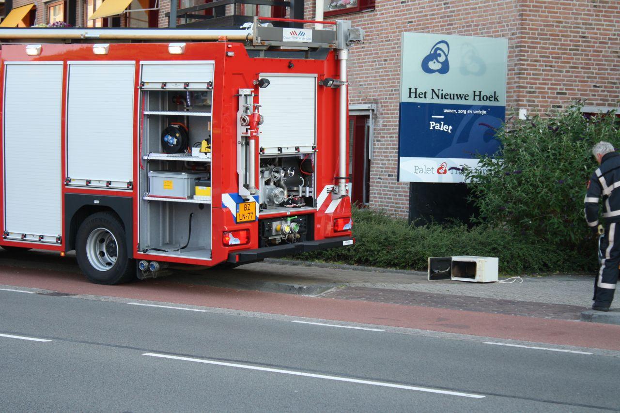 Magnetron in brand in Nieuwe Hoek