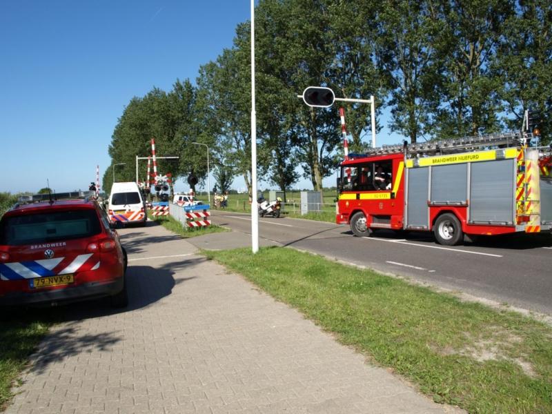 Aanrijding twee voertuigen bij spoorwegovergang