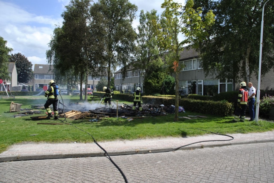 Brand verwoest speelhut