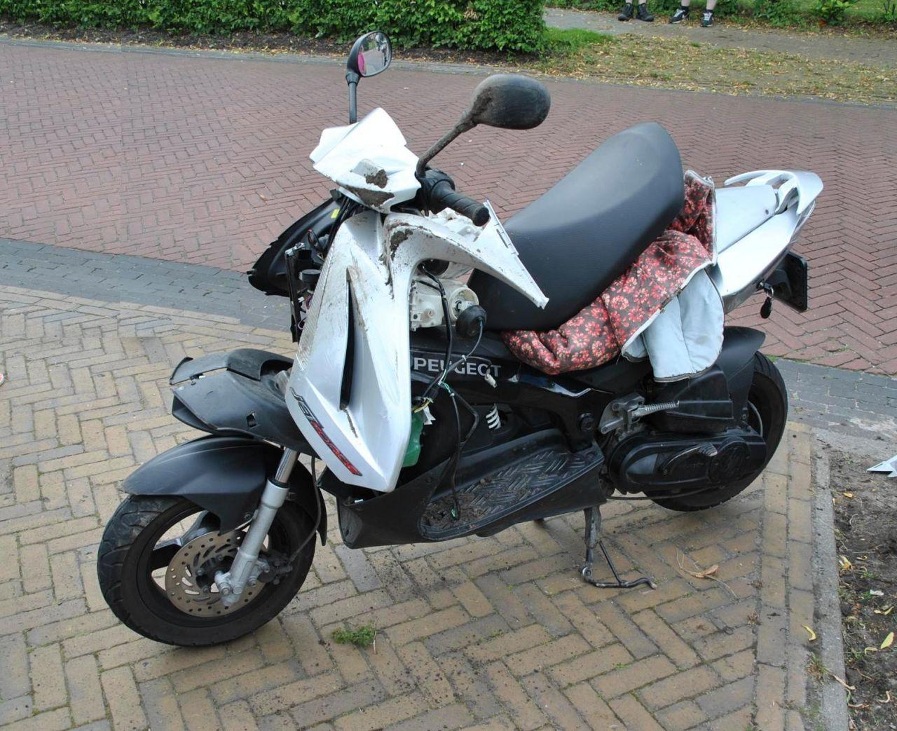 Fietsster gewond na ongeval met scooter