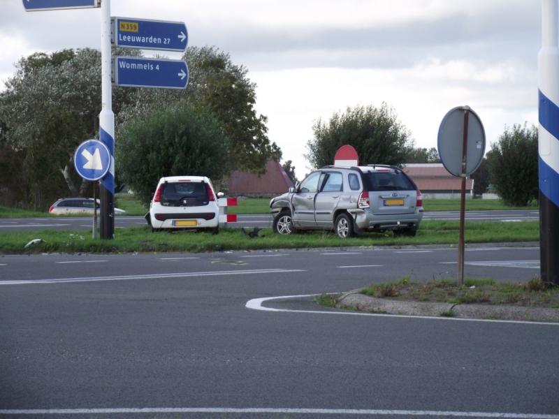 Twee personen gewond bij fors ongeval