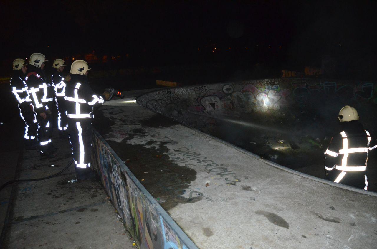 Containerbrand op skatepark