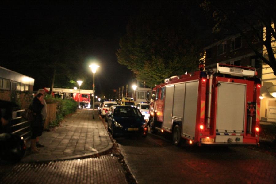 Brandweer doet onderzoek in woning