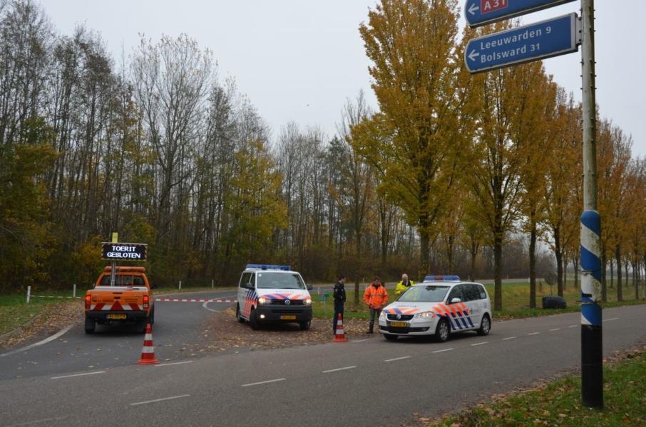 Politie lost waarschuwingsschot bij aanhouding A31