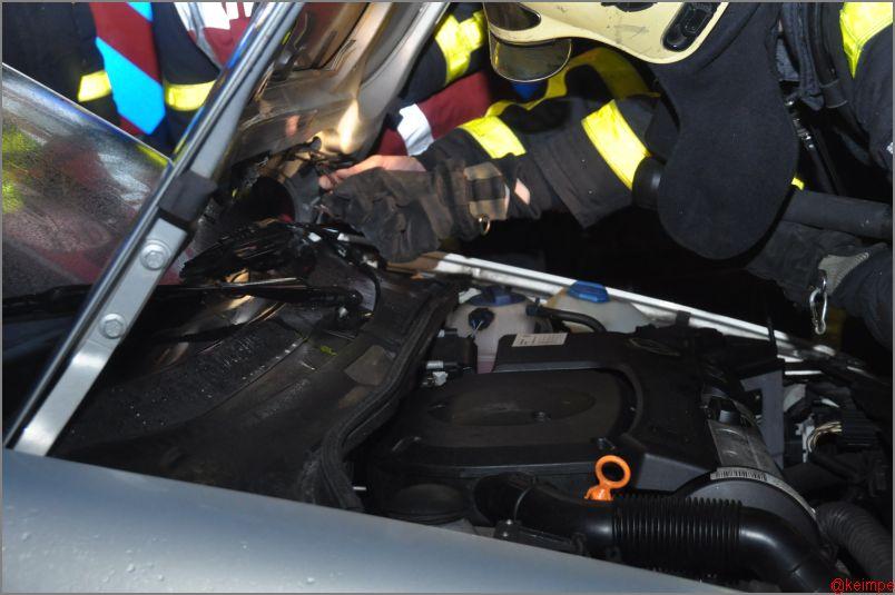 Bestuurster vermoedt autobrand