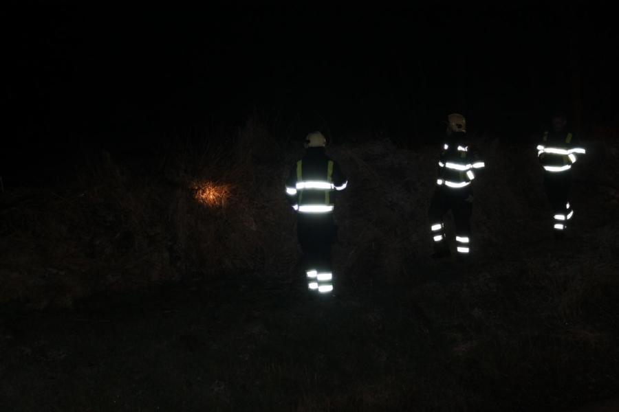 Brandweer dooft hooibroei