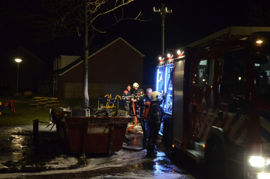 Containerbrand snel geblust