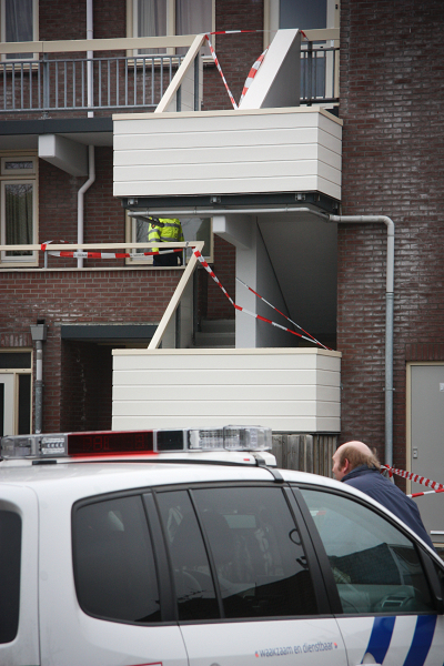 Politieonderzoek na vondst dode man