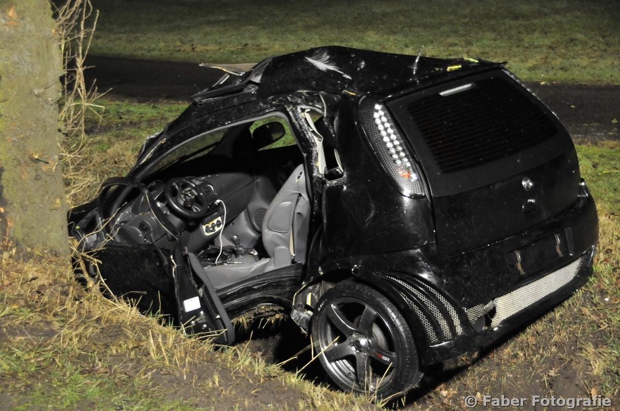 Twee gewonden bij ernstig ongeval