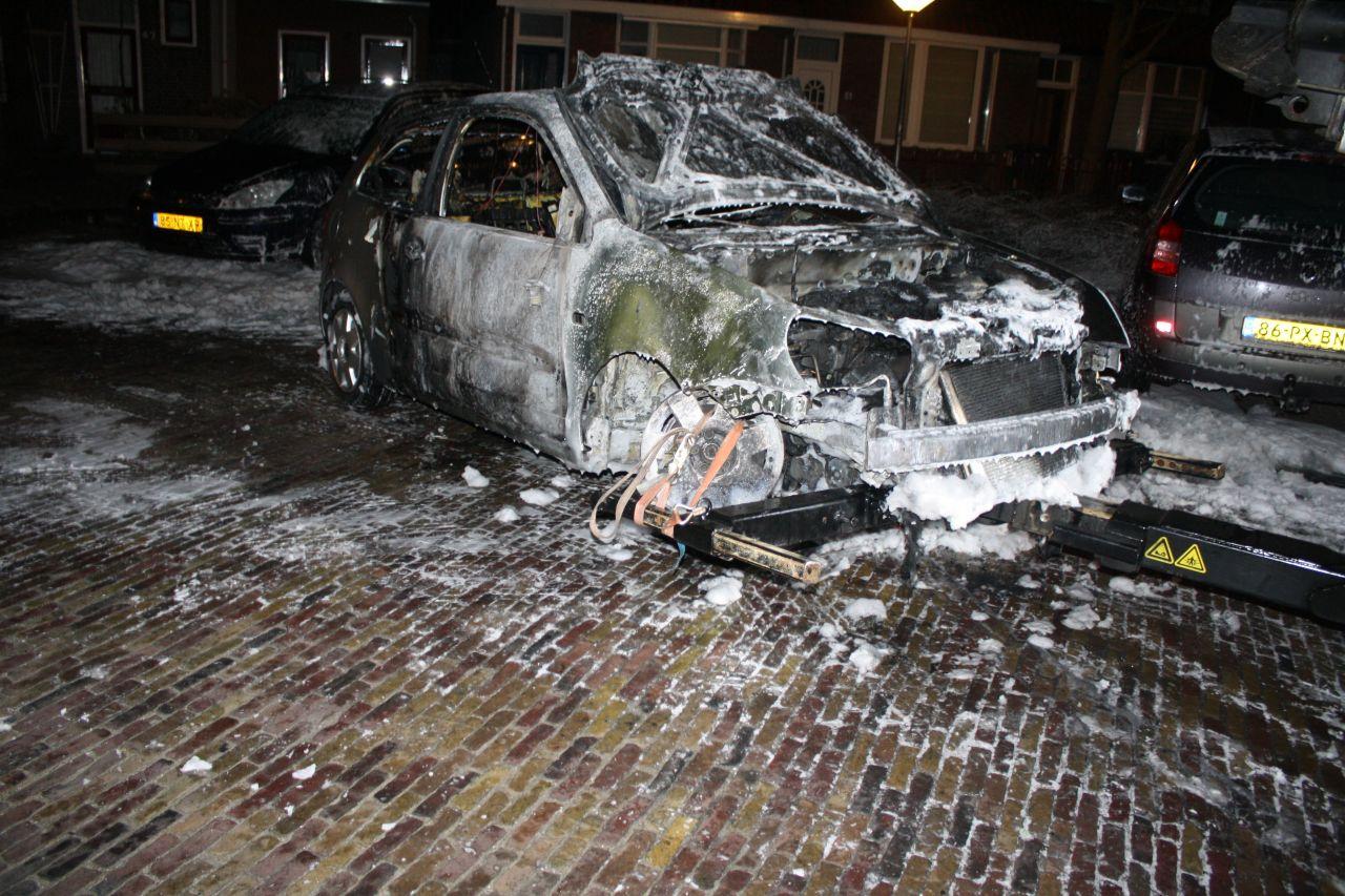 Auto's verwoest door brand