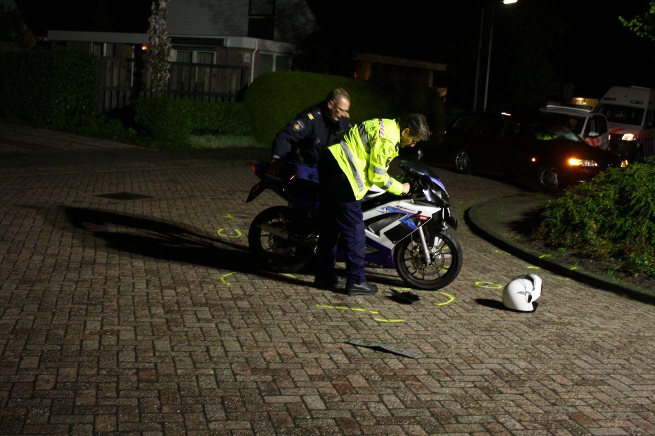 Scooter aangereden door auto