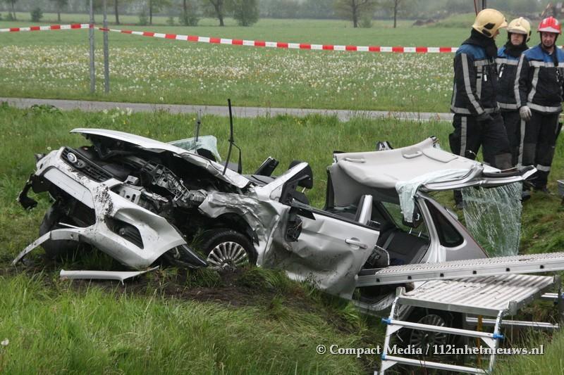 Twee gewonden bij ongeval met beknelling