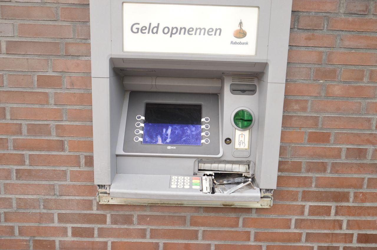 Opnieuw plofkraak geldautomaat