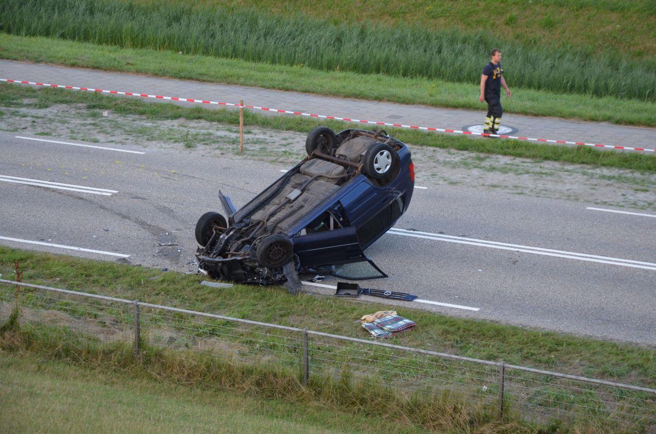 Dode en drie gewonden bij ongeval