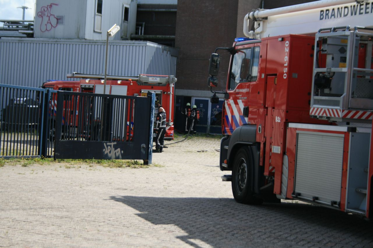 Brandje in leegstaand gebouw snel geblust