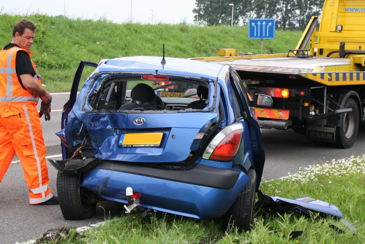 Drachtsterweg afgesloten door ongeval vier voertuigen