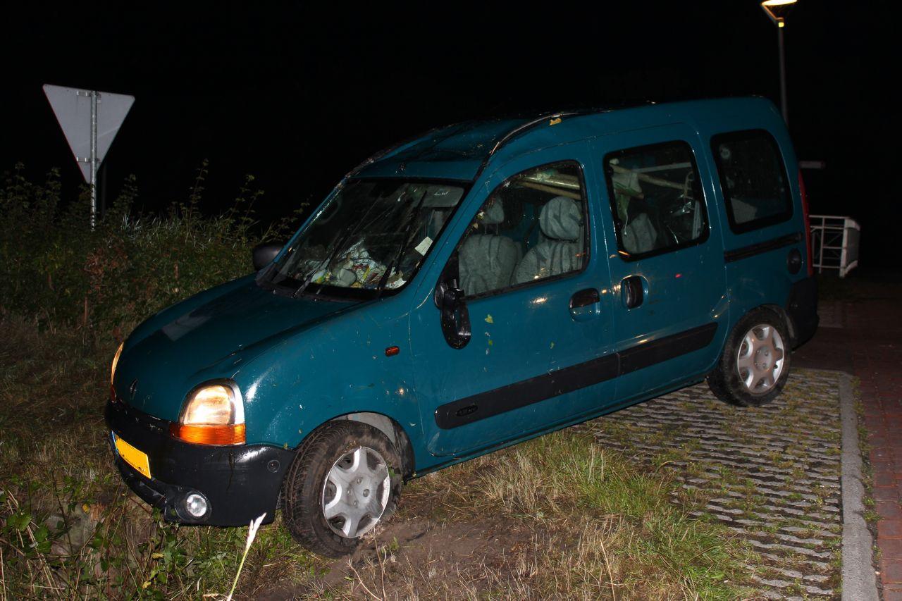 Automobilist  gewond na keren op Trekweg