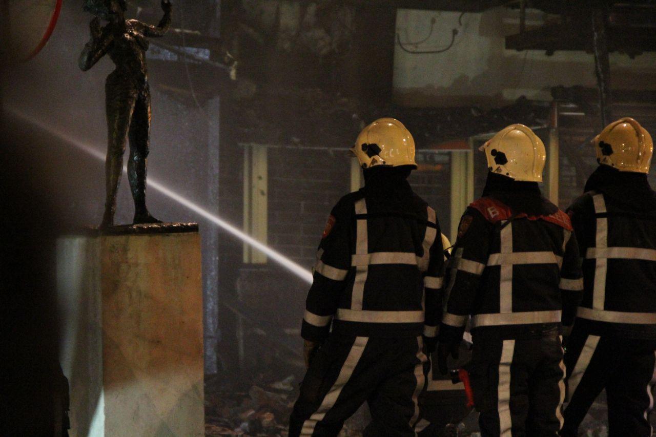 Nabluswerkzaamheden na zeer grote brand