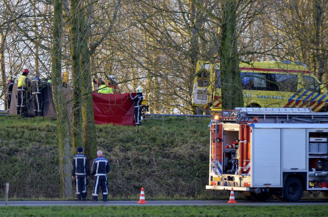 Vrouw overleden na ongeval A31