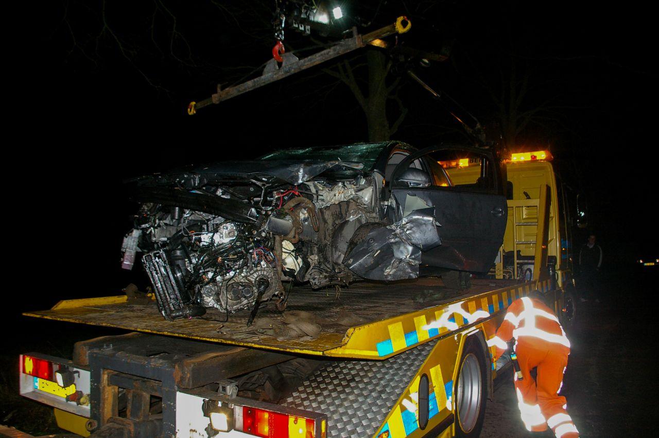 Bestuurder ongedeerd na fors eenzijdig ongeval