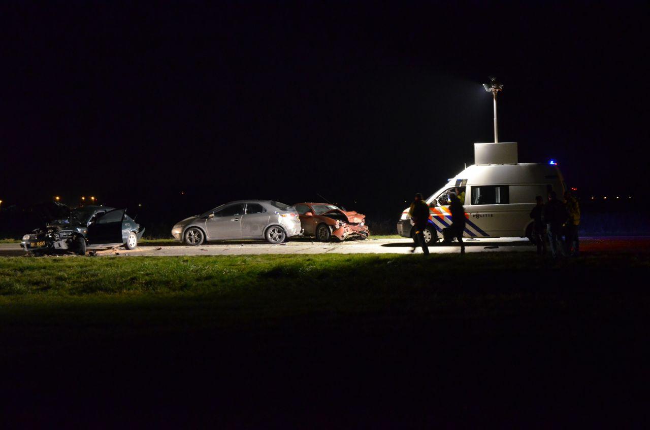 Wegafsluiting na aanrijding vier auto's*Update*