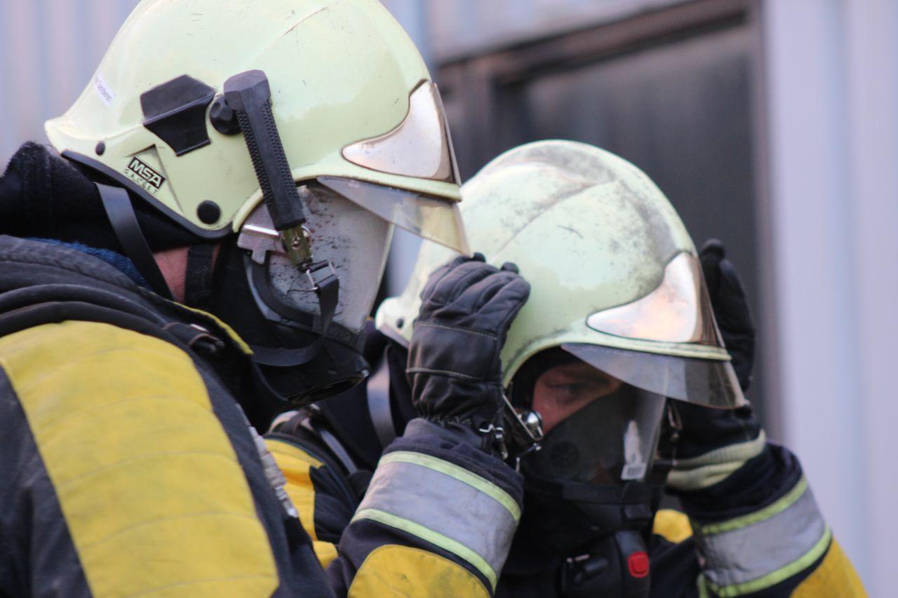 Automatisch blussysteem blust brand in afzuiging
