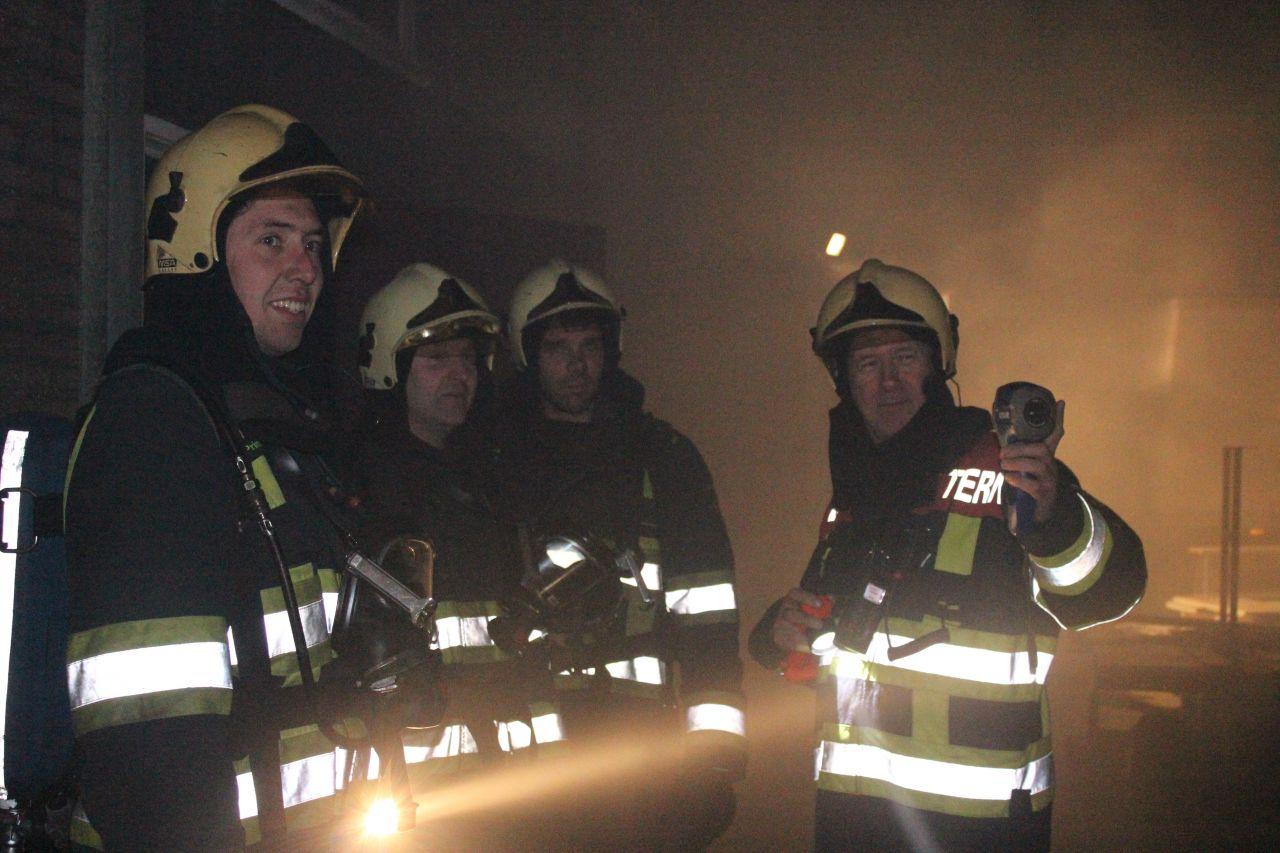 Sinterklaas heeft brandweer Ternaard niet overgeslagen