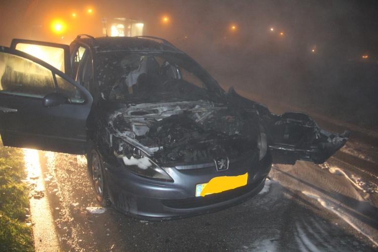 Motorcompartiment verwoest door brand