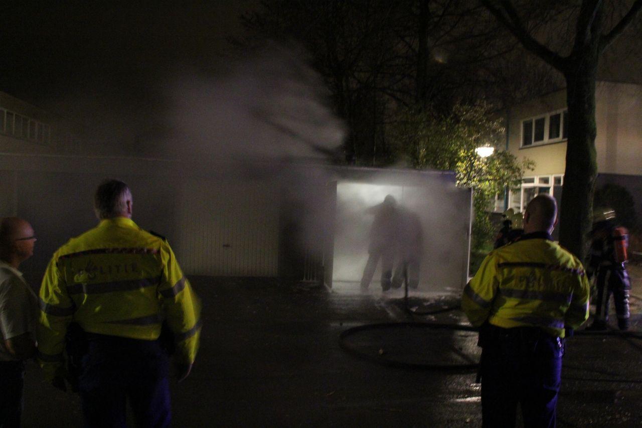 Garagebox in brand gestoken