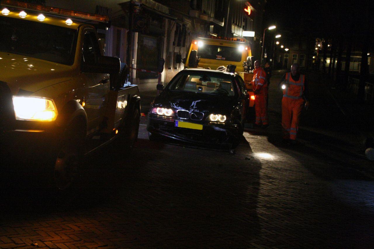 Auto bijna in stadsgracht na bedreiging met vuurwapen(Update)