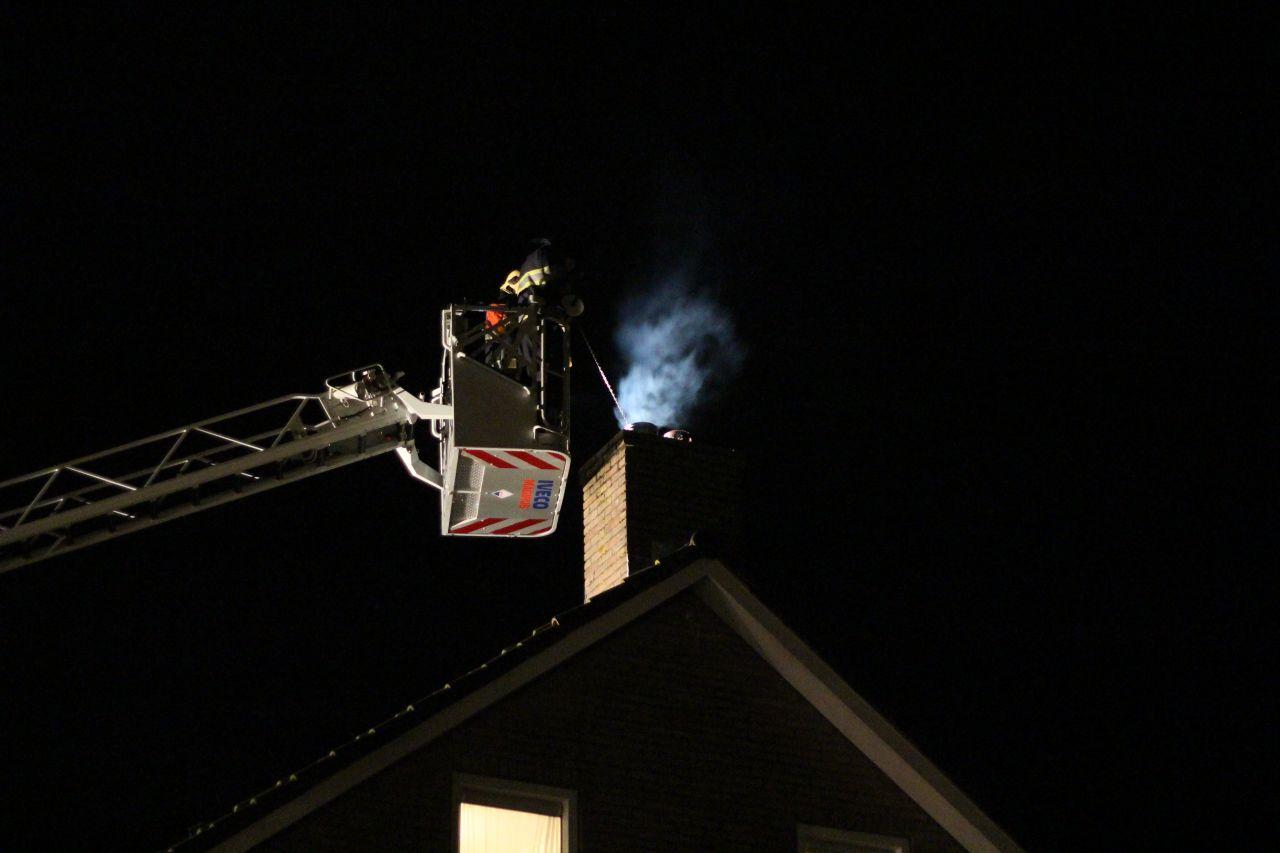Hardnekkige schoorsteenbrand in de kiem gesmoord