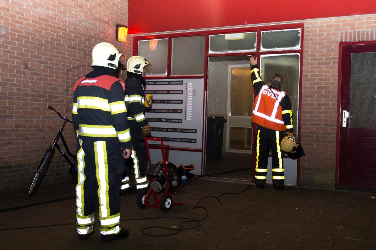 Bewoners geëvacueerd bij brand flatgebouw