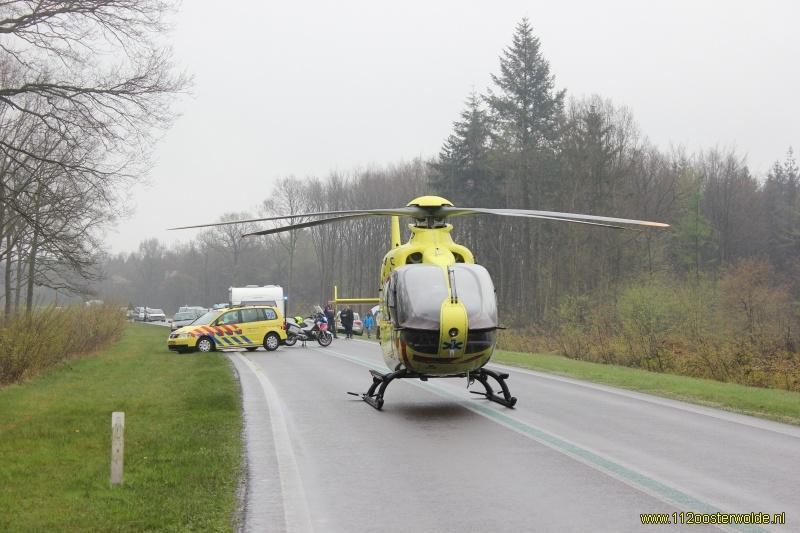 Voetganger ernstig gewond na botsing op N381