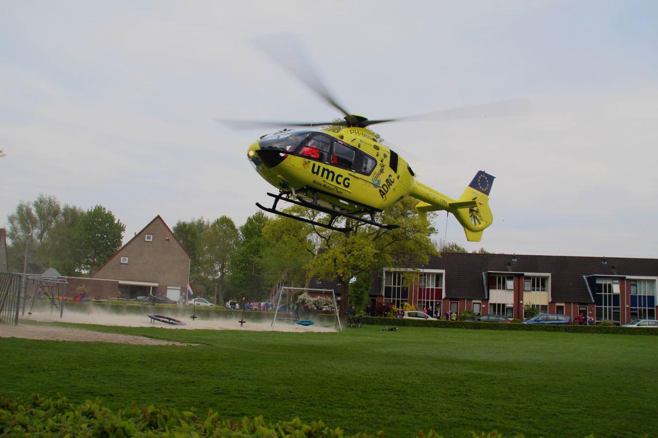 Traumahelikopter ingezet na val van fiets