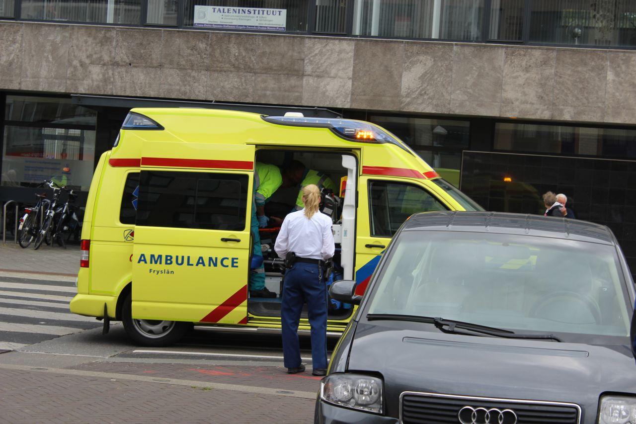 Vrouw gewond bij kop-staartbotsing