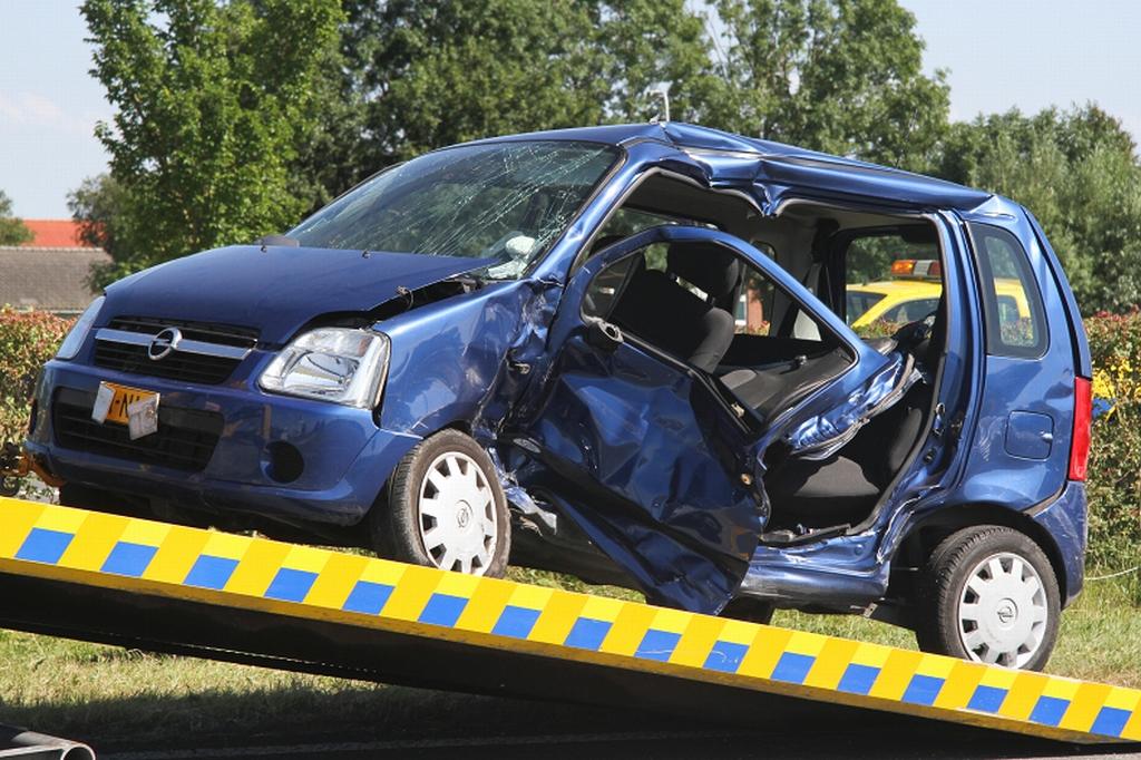 Dode en zwaargewonden bij ongeval op gevaarlijk kruispunt