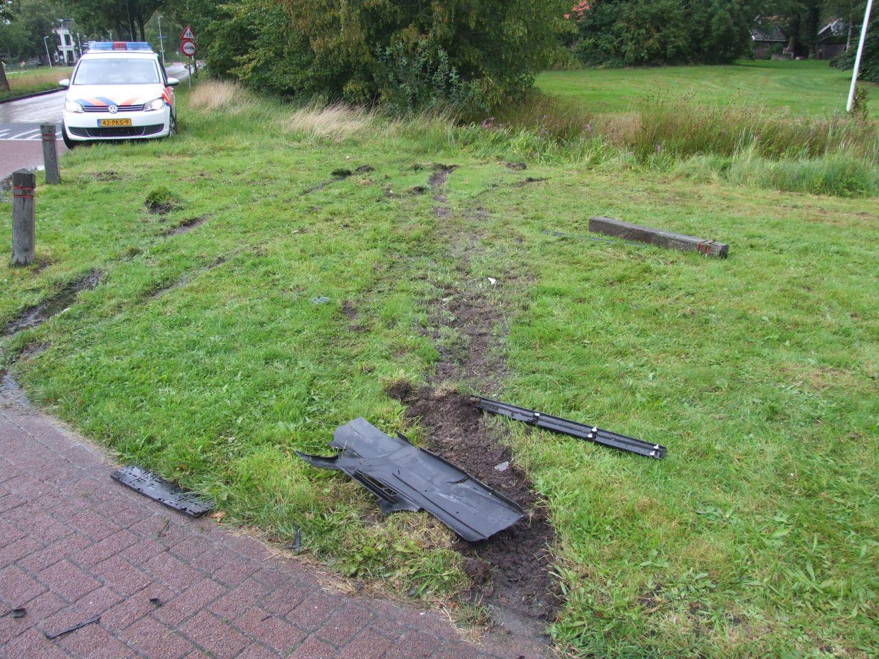 Voertuigen beschadigd na ongeval op kruispunt