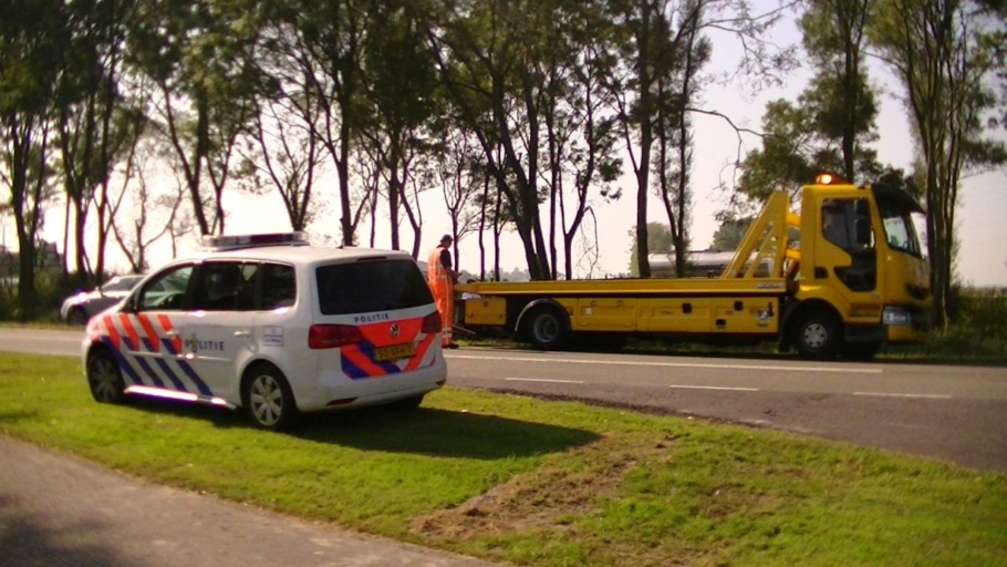 Ongeval tussen twee voertuigen: persoon naar ziekenhuis
