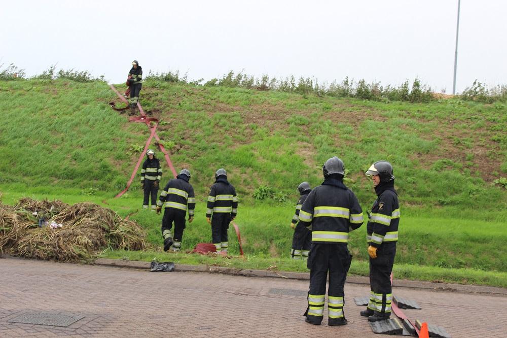 Brandweer lang bezig met brand op het industrieterrein