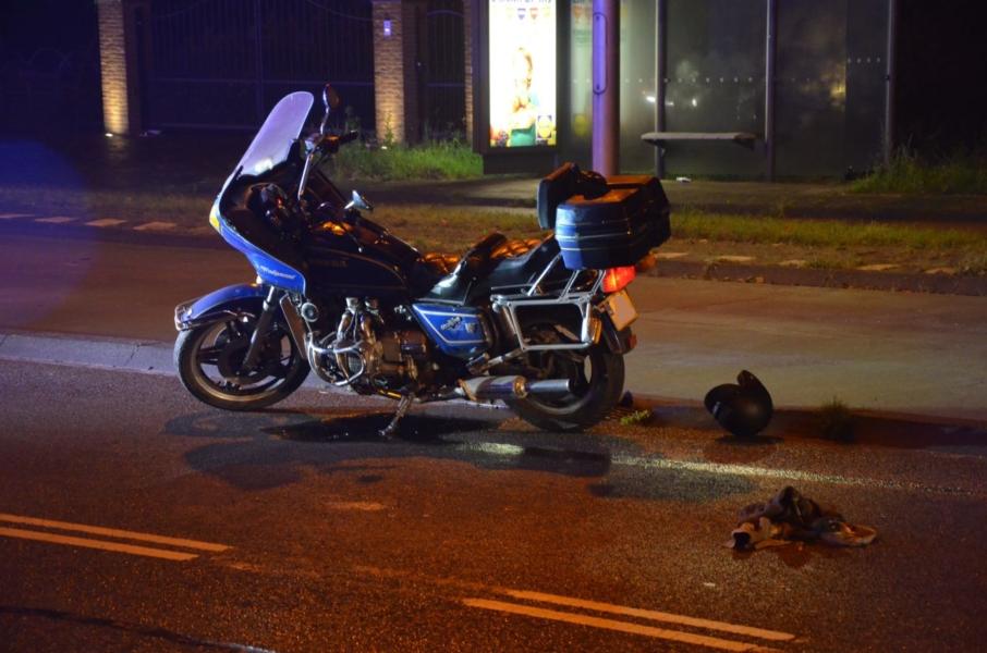 Motorrijder zwaar gewond na val